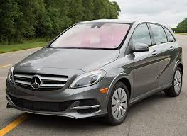 mercedes b class ev mercedes b class electric drive brings luxe and limitations