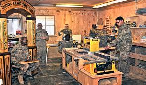 wood shop u s soldiers hone woodworking craft dodlive