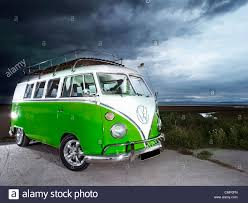 volkswagen classic bus green vw volkswagen split screen camper van bus hippie hippy 1960s