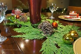 christmas dinner table centerpieces christmas table decorations with pine cones psoriasisguru