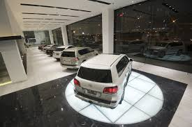 xe sang lexus lx570 vì sao giá bán xe lexus tại việt nam giảm hàng chục triệu đồng