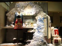 Anthropologie Christmas Window Decorations by 85 Best Amazing Anthropologie Displays Images On Pinterest
