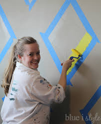 decorating with style how to paint an argyle wall with almost no