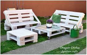 How To Build Pallet Patio Furniture by Pallet Garden Set U2022 1001 Pallets