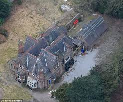 abandoned mansions for sale cheap victorian mansion no one wants to buy after horrific killing in 2005