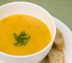 cuisiner courgette jaune potage à la courge jaune et aux poivrons