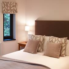 cover difficult sized bedroom windows with blinds make a blind