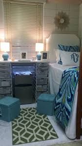 Room Recipes A Creative Stylish by Best 25 Dorm Room Storage Ideas On Pinterest College Dorm