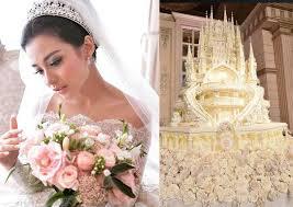 wedding cake indonesia fairy tale wedding stuns with 4 5m castle cake