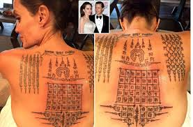tattoo de angelina jolie que significa see the incredible tattoos thai monk gave angelina jolie binding