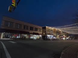 downtown lights get warm reception