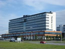 file hotel hilton reykjavik nordica panoramio jpg wikimedia