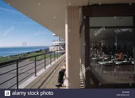 deco de restaurant england east sussex bexhill on sea art deco de la warr pavilion