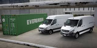 lifted mercedes van vito gives mercedes benz vans a boost goautonews premium