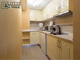 small kitchen designs 2017 tiles and tools