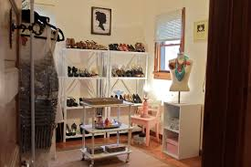 walk in closet room