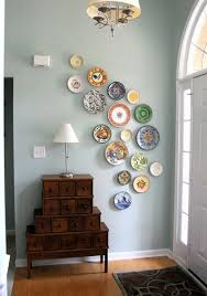 how to arrange a decorative plate wall 20 beautiful plate walls