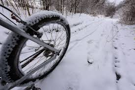 winter cycling techniques for any kind of snow and ice