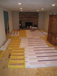 how does laminate flooring need to acclimate meze