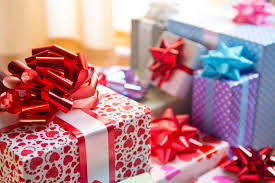 what does your gift wrapping style reveal about your personality