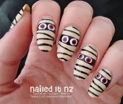 easy mummy nail art tutorial halloween 2014