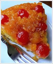 jam hands pineapple upside down skillet cake