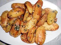 comment cuisiner les pommes de terre grenaille recette de pommes de terre grenaille ail et persil