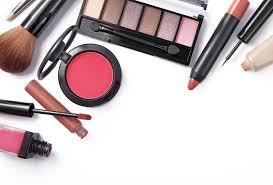 Satu Set Alat Make Up Wardah 10 produk dan alat makeup yang perlu dimiliki pemula