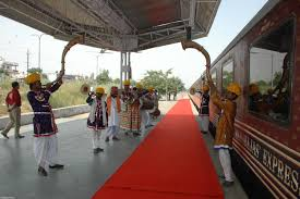 maharaja express train maharajas express luxury rail itinerary heritage of india