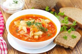 russe en cuisine cuisine nationale russe traditionnelle légumes ukrainienne bortsch