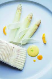 comment cuisiner des asperges blanches recette de turbot et asperges blanches sauce mousseline aux