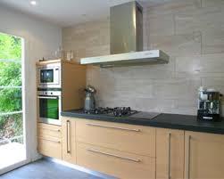 cuisine avec plan de travail en granit plan de travail amenagement cuisine avec la marbrerie des yvelines