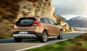 jeep volvo volvo v40 cross country likely for australia photos 1 of 16