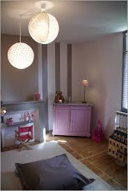 éclairage chambre bébé lit bebe 512952 la peinture chambre bébé 70 idées sympas