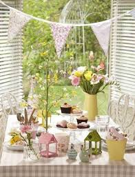 Easter Table Decorations Pinterest by 146 Best Easter Images On Pinterest Moss Table Runner Table