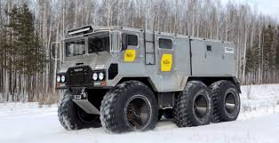 modern army vehicles heavy duty a look at russia s arctic forces military vehicles