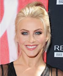 what kind of hairstyle does julienne huff have in safe haven julianne hough 20s inspired hairstyle dwts cirque du soleil