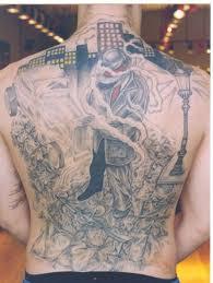 gangsta on back gangster bee