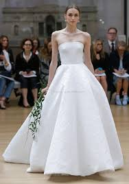 clean wedding dress simple clean gown wedding dresses 2018 oscar de la renta