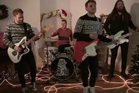 band recreate home alone u0027s most famous scenes in brilliantly funny