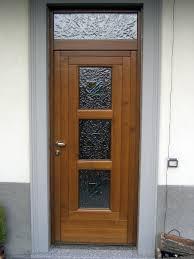 porte ingresso in legno foto portoncino d ingresso in legno con tre vetri di f p di