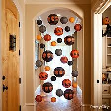 halloween home decor ideas haunt your hallways if you re nervous about guests getting too