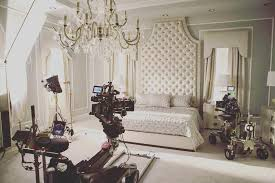 bedroom scenes behind the scenes in chanel s bedroom obsessed screamqueens