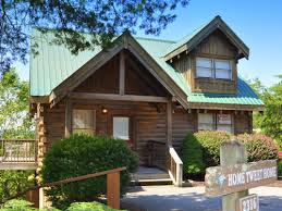 4 bedroom cabins in gatlinburg bear c cabin rentals pigeon forge cabins gatlinburg cabins