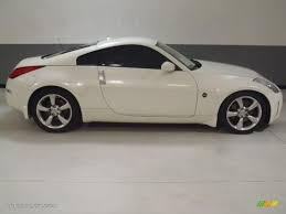 white nissan 350z pikes peak white pearl 2008 nissan 350z touring coupe exterior