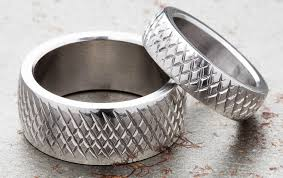 wedding band manufacturers rogue knurled rings rogue fitness