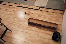 how to lay a wood floating laminate floor