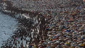 world u0027s most crowded beaches photos the weather channel