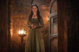 reign cw show hair weave beads jessie potts talks historical dresses on reign with show s