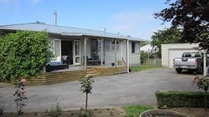 1960 u0027s bungalow offers sooo much 49 arnold street bayleys